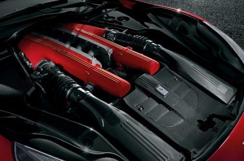 Авто Ferrari F12 berlinetta фото, цена