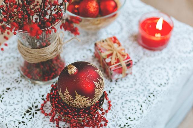 как украсить стол в новый год