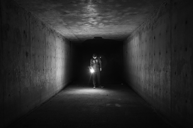 flashlight-924099_640