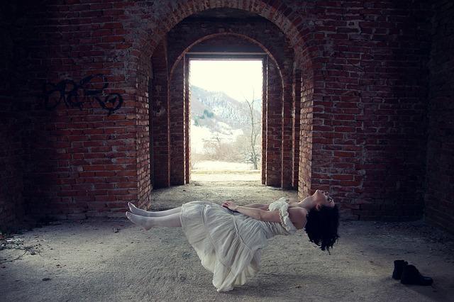 призрак дух мистика