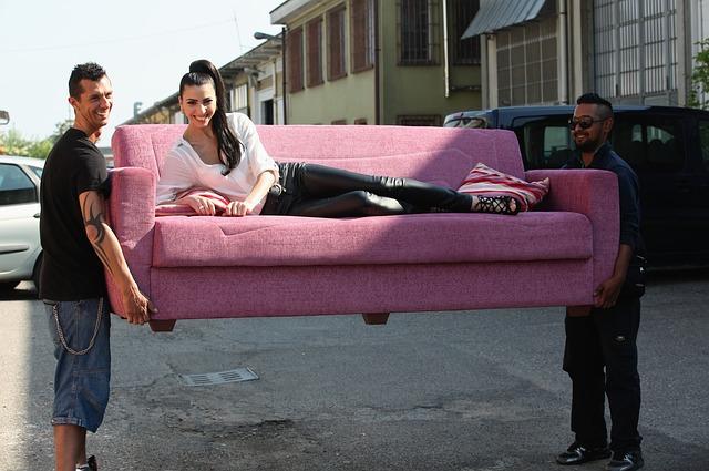 гости диван