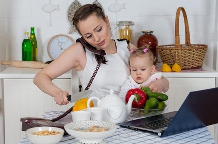 ТОП 10 лайфхаков для тех, кто в декрете: активное материнство