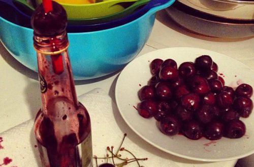Очистка вишни, самый простой способ
