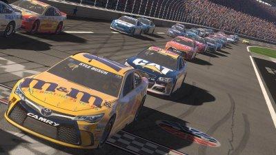 NASCAR Heat Evolution скачать торрент