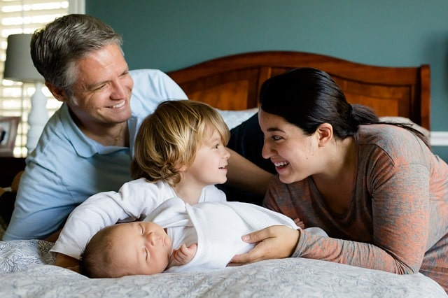 семья дети родители брат