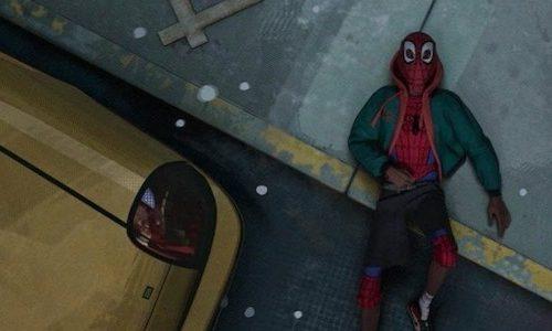 Почему число 42 важно в «Человеке-пауке: Через вселенные»