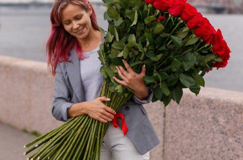 Почему люди дарят цветы