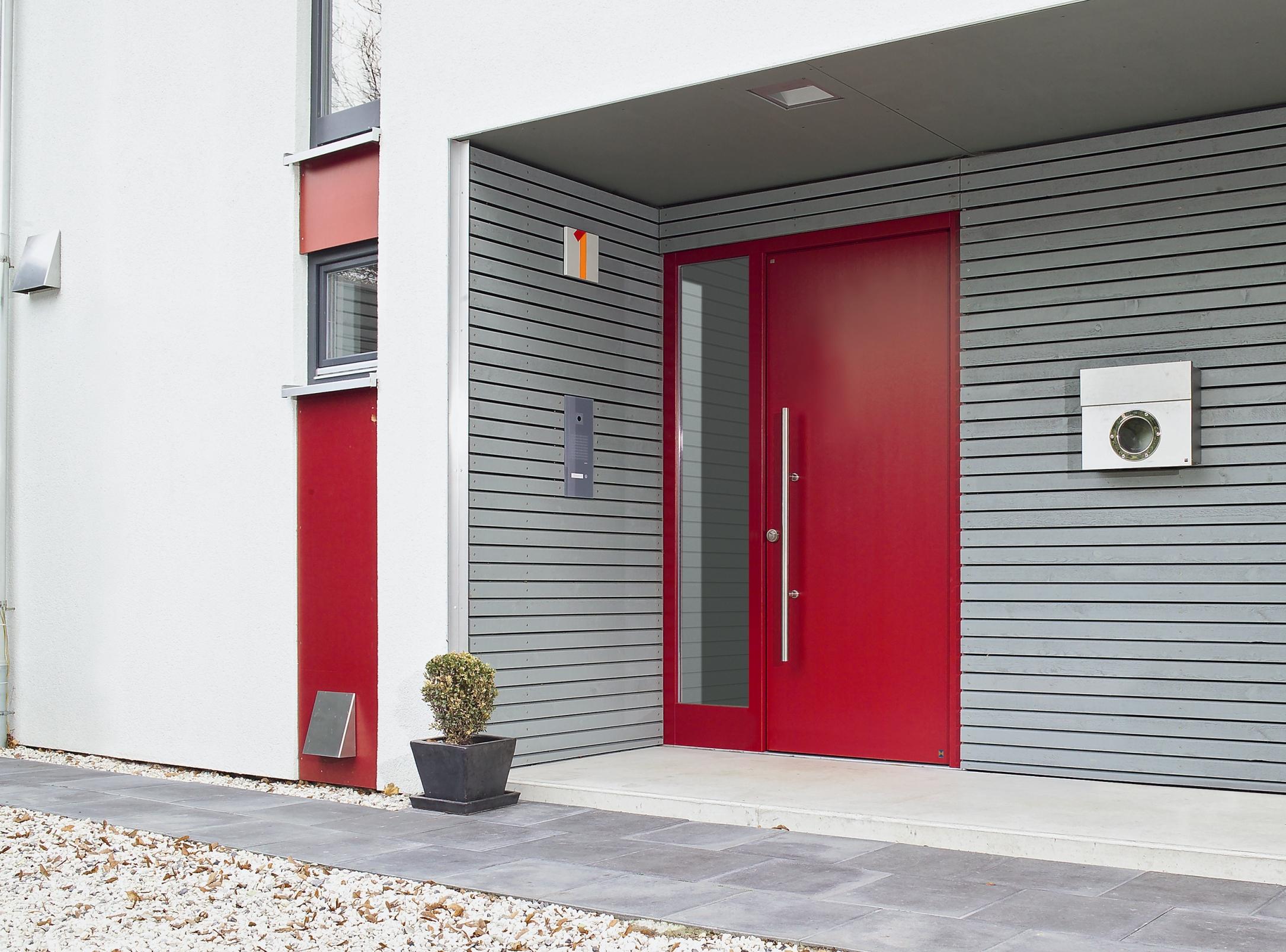 Современные требования к подъездным дверям